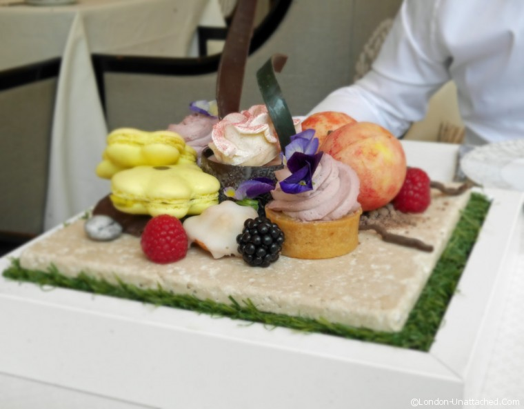Cakes - intercontinenal Scents of Summer Tea