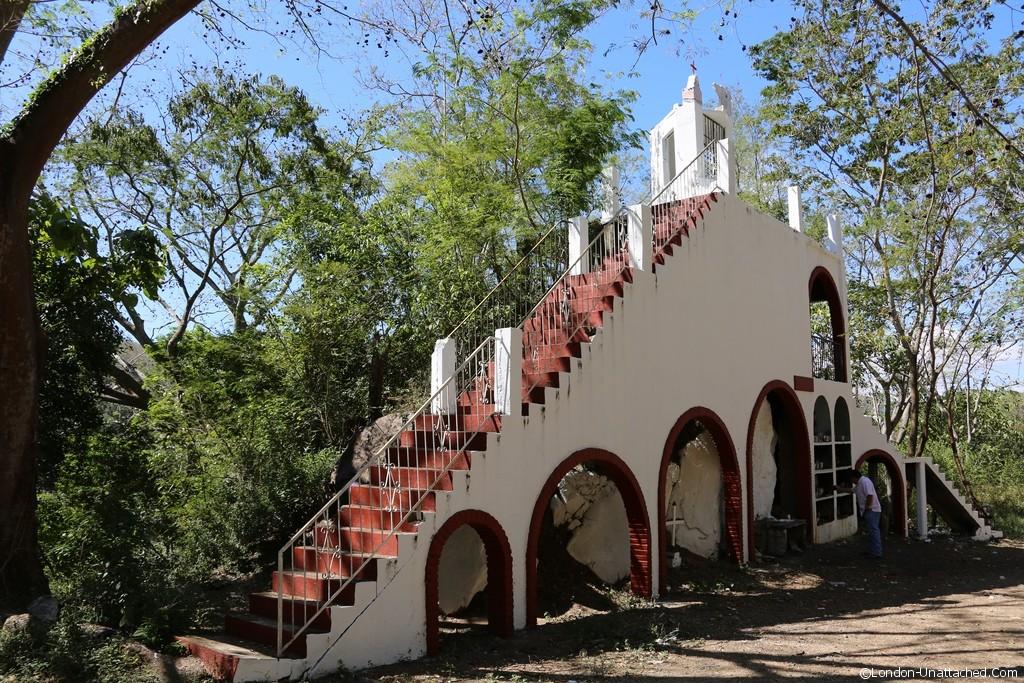 Mexico Roads MEX200 Street Churches