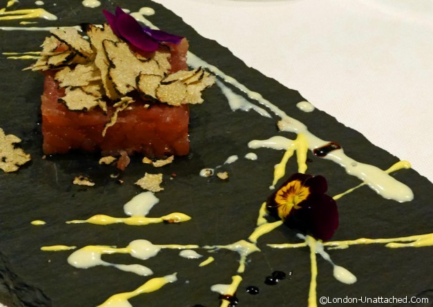 Truffled tuna tartare - tartufi and friends