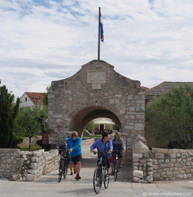 nin gate Croatia