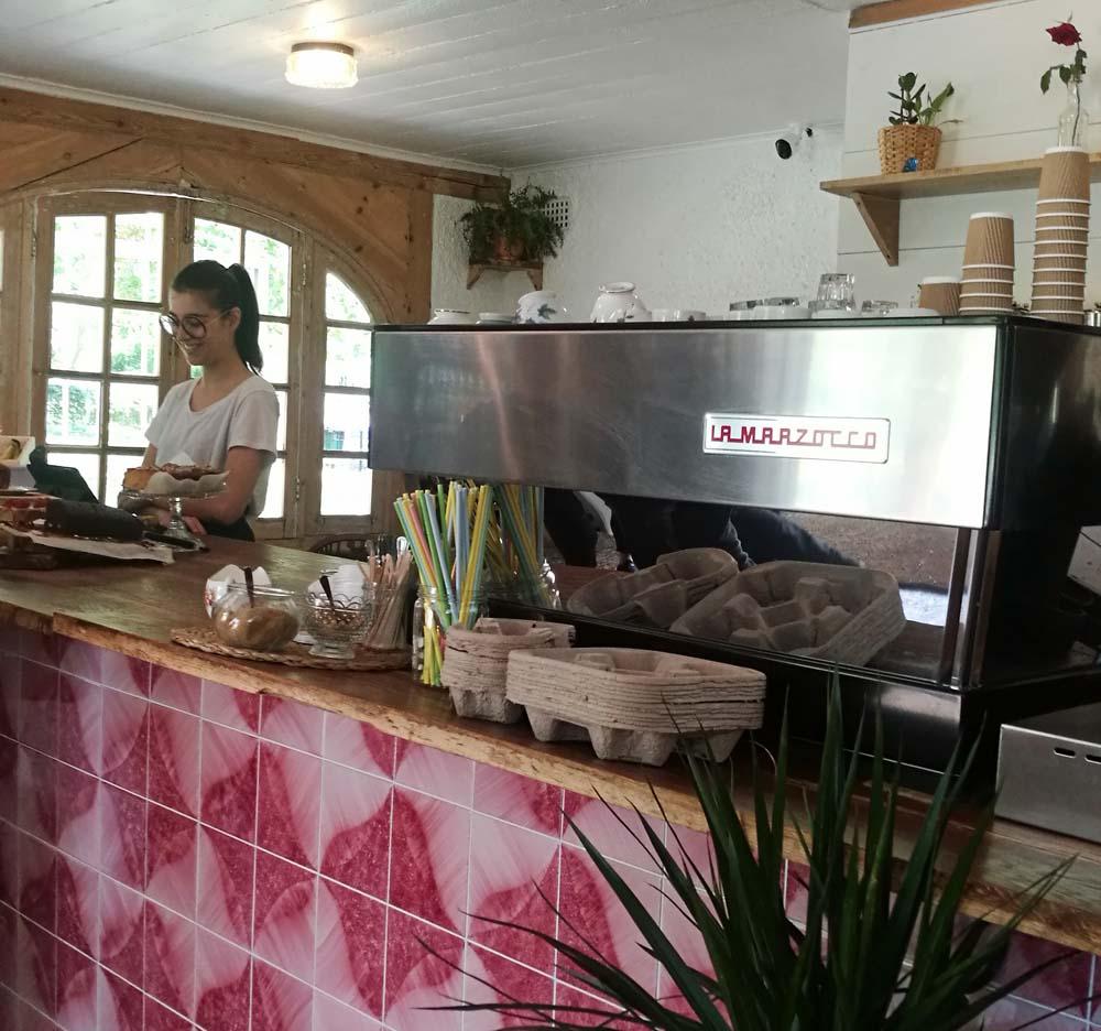 Main Counter Kennington Park Cafe