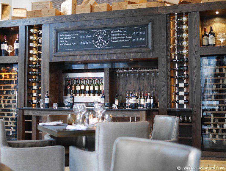 Manhattan Grill - bar