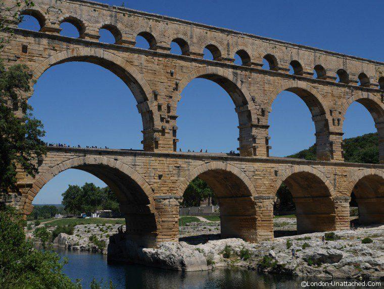 Pont du Gard - Terroir - Cotes du Rhone