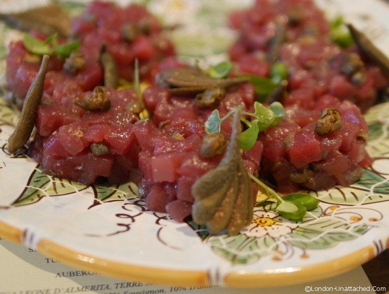South Kensington Club tuna tartare and capers
