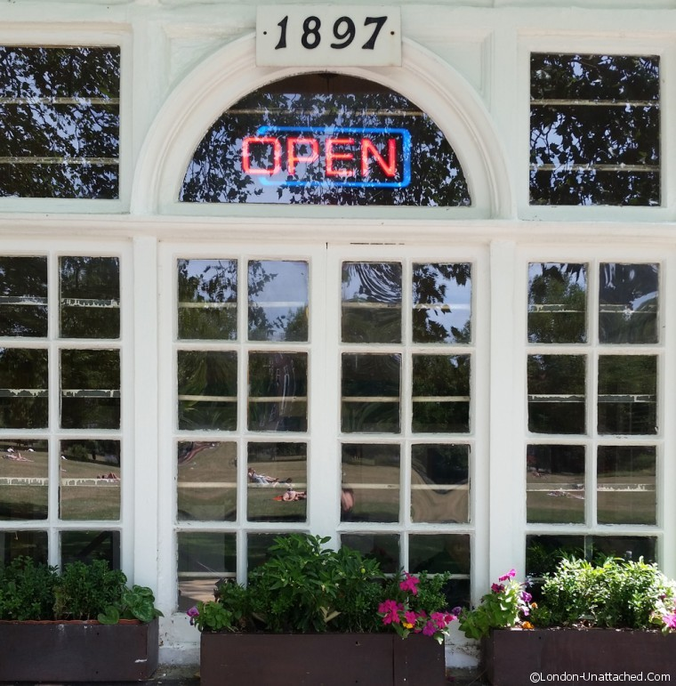 Window Kennington Park Cafe