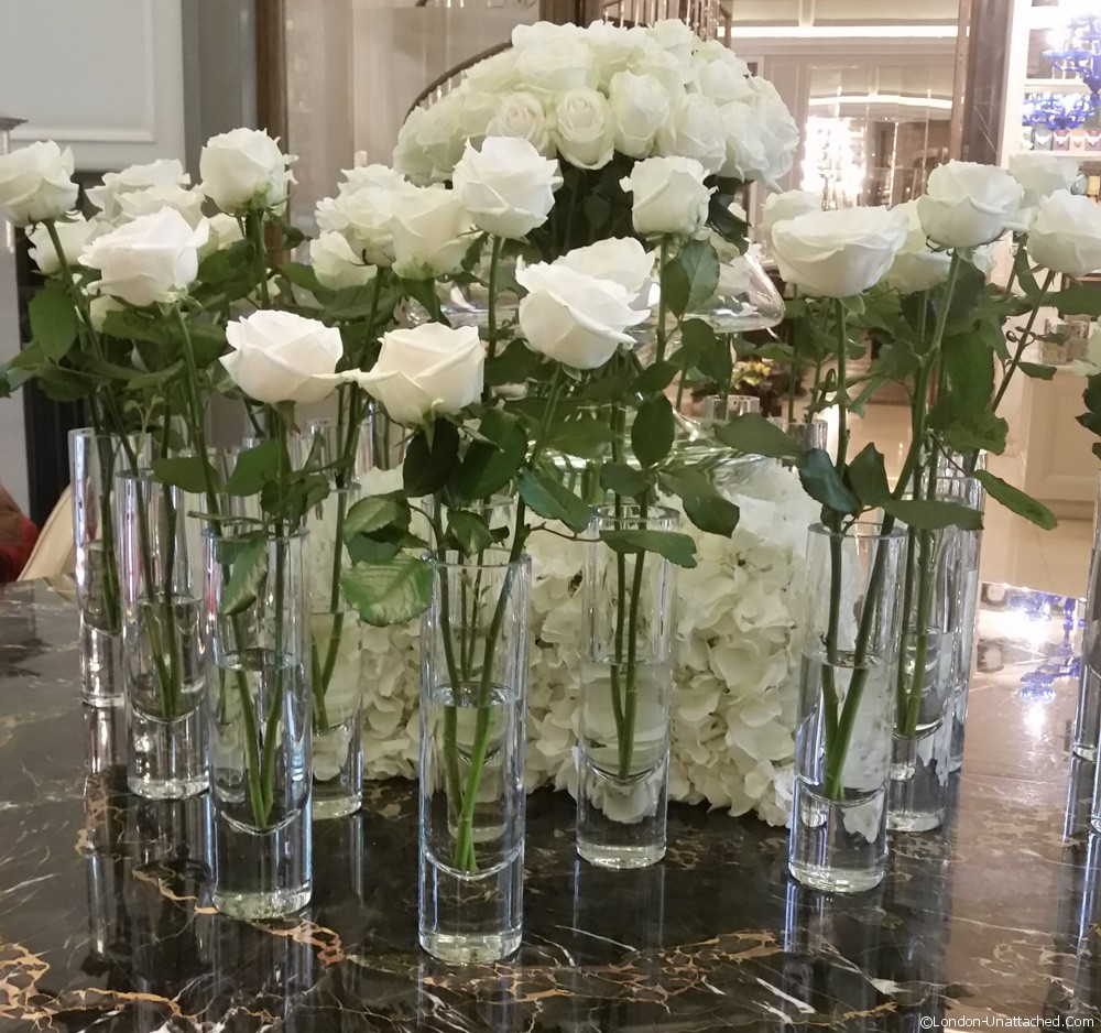Corinthia Afternoon Tea White Roses
