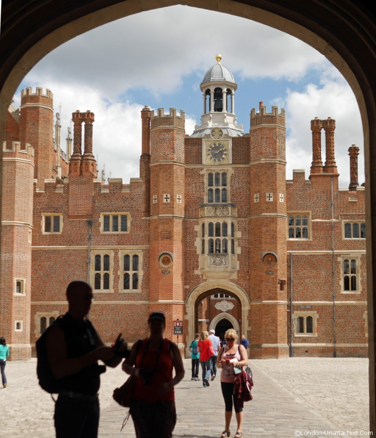 Hampton Court entrance 2