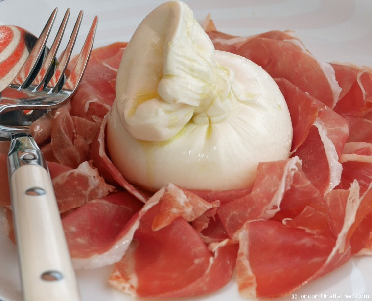 Iddu Burrata and ham