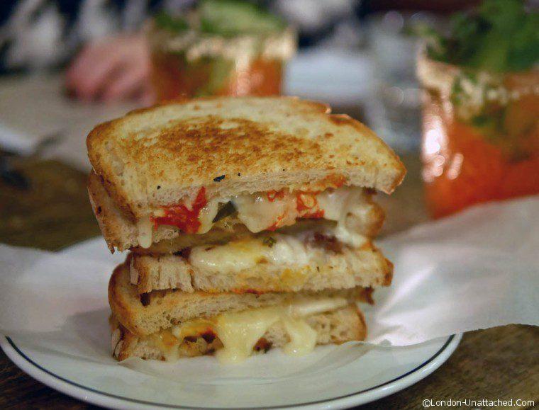 Dirty Bones - Club Sandwich