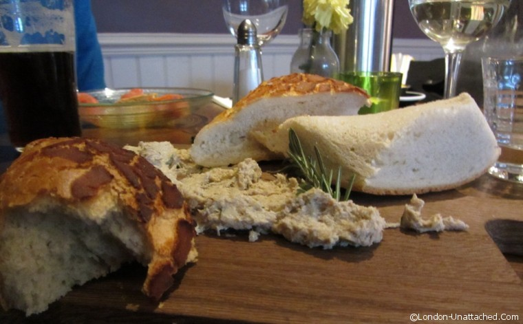 The Crown - smoked mackeral pate starter