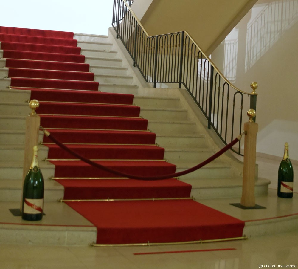 Mumm Champagne Red Carpet