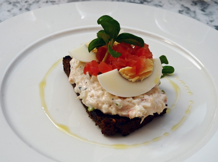 Dalloway Terrace Crab