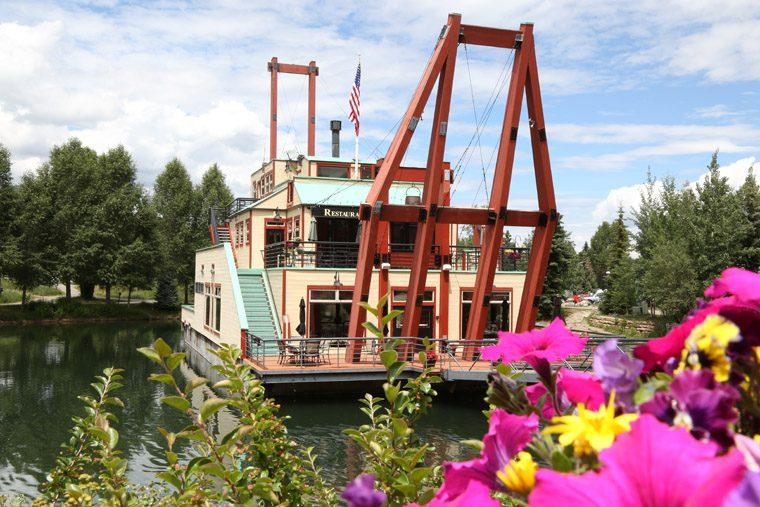 Breckenridge River Boat Restaurant - credit Jessie Unruh