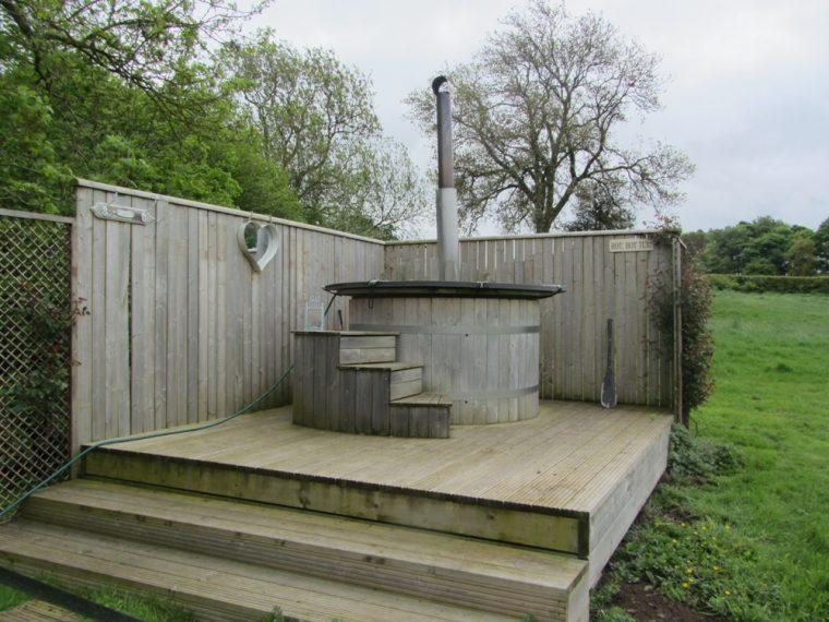 Dandelion hideaway - hot tub