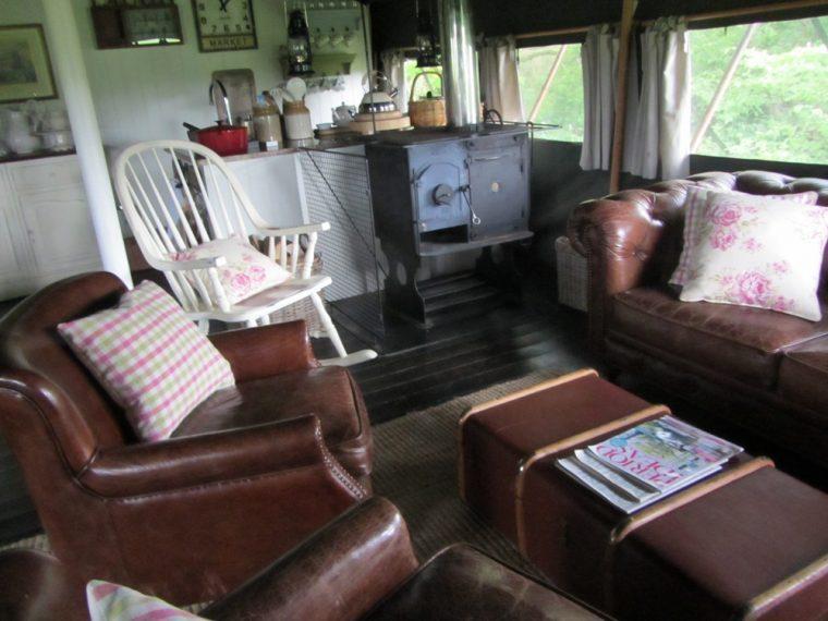 Dandleionl hideaway - interior
