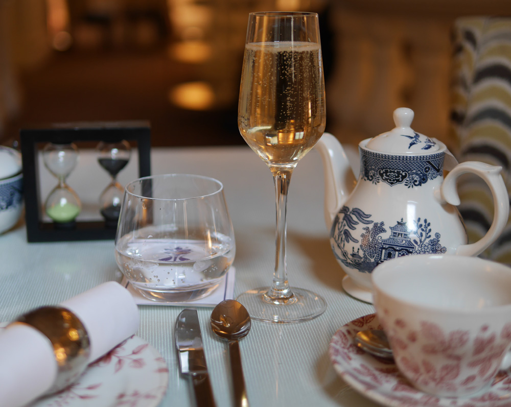 St ermins champagne and teaSt ermins champagne and tea