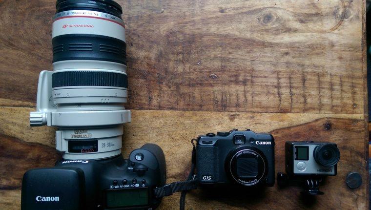 Calumet Tripod Multiple Cameras