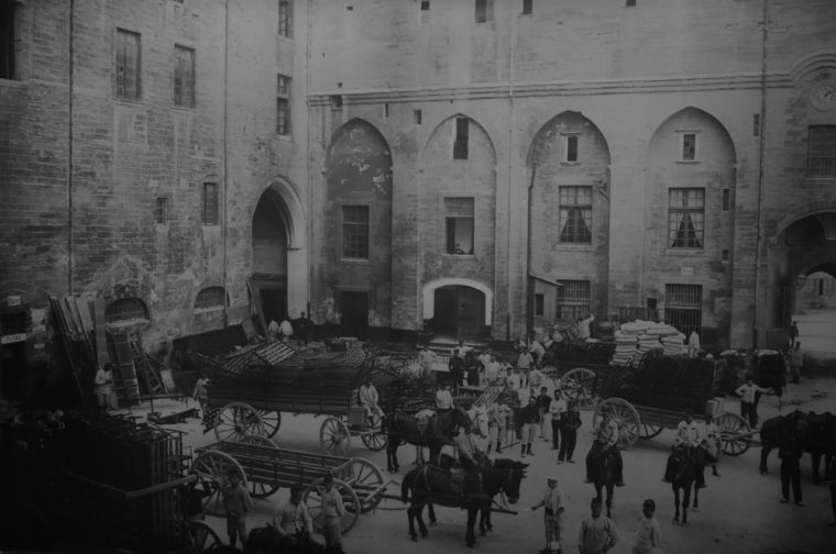 Palais des papes during the war