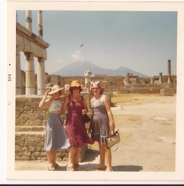 Me muriel mum Pompeii