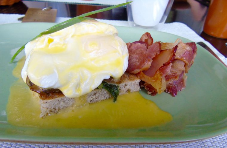 Eggs Benedict Sri Lanka Style