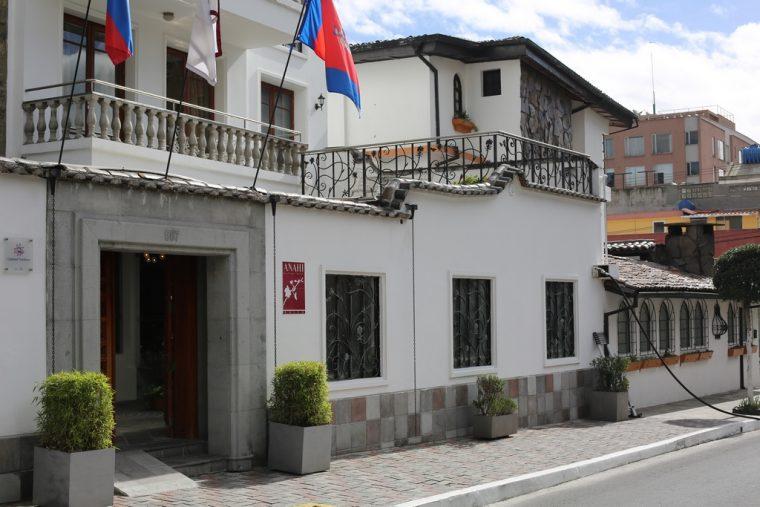 Quito Ecuador Anahi Hotel