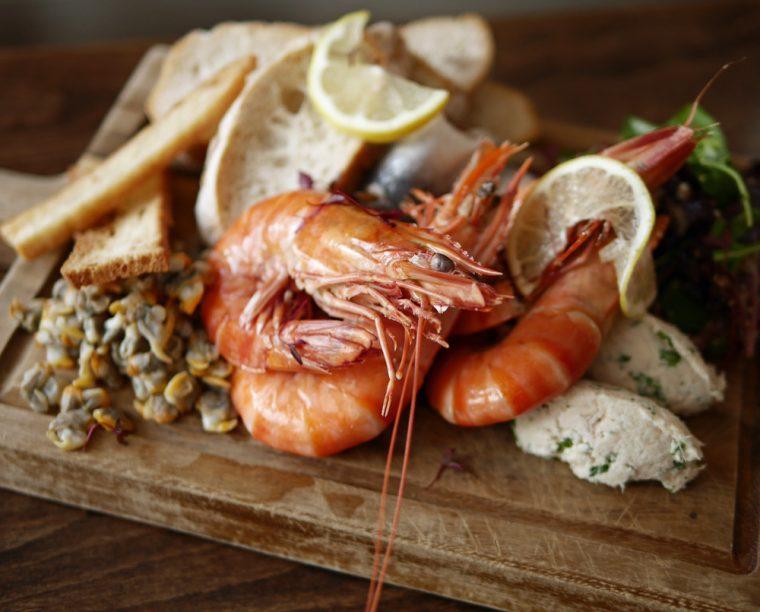 hush-heath-winery-seafood-2