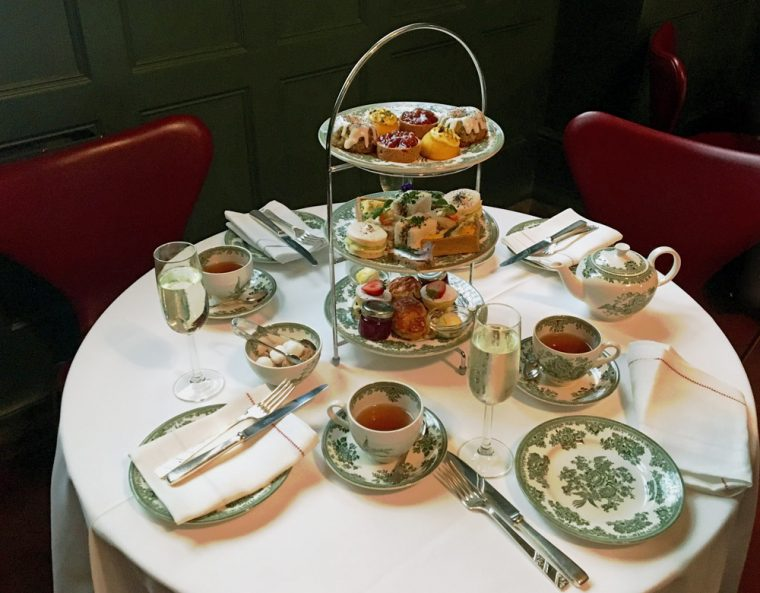 afternoon-tea-victoria-and-albert