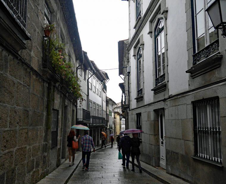 guimaraes-street-copy