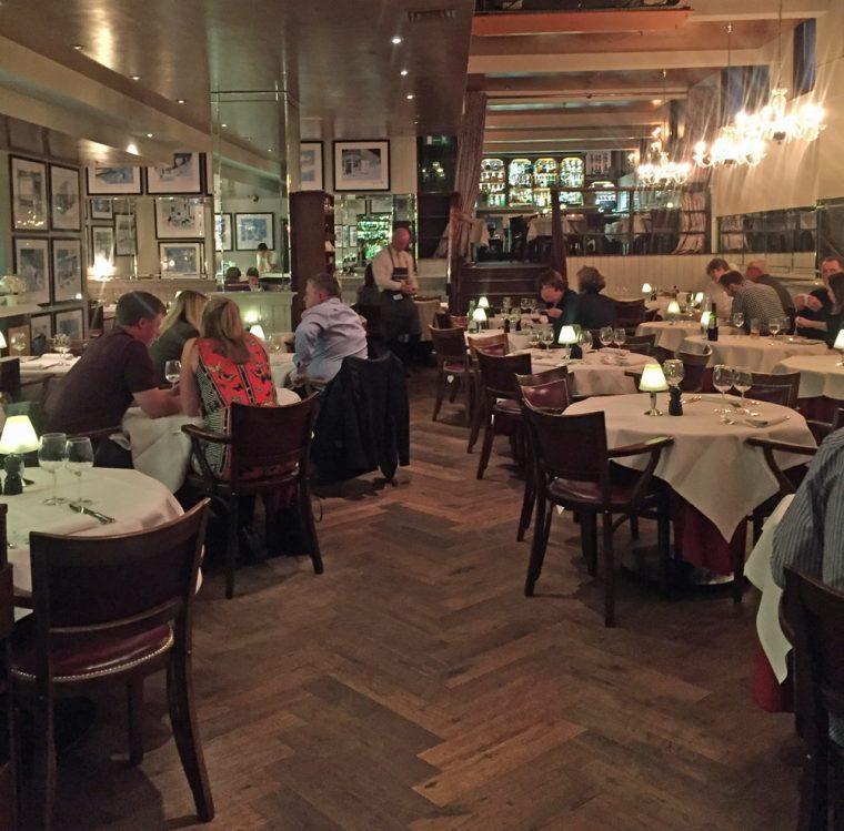 london-steak-co-interior
