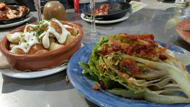 spanish-made-simple-lettuce-and-patatas