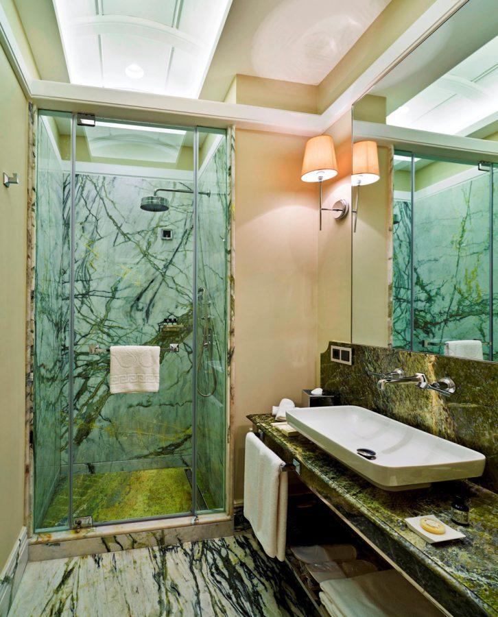 bathroom-vault-karakoy