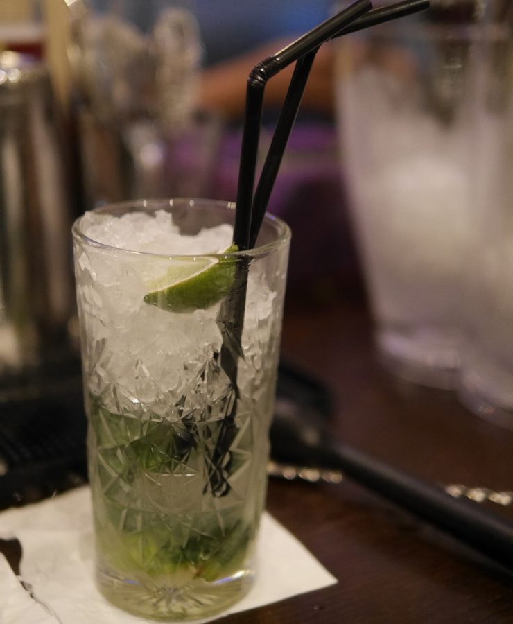 henrys-moJito-with-ice