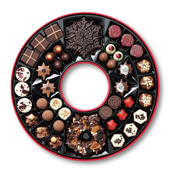hotel-chocolat-wreath-box