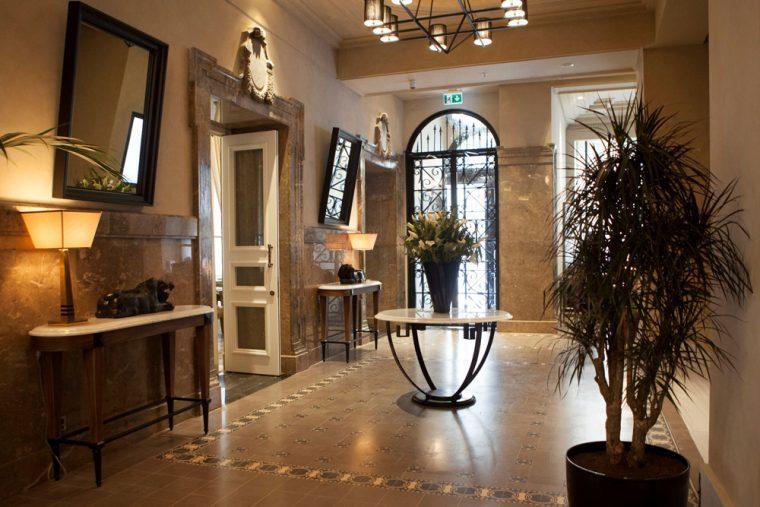 lobby-vault-karakoy