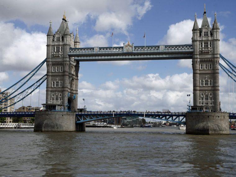 london-tower-bridge-cp