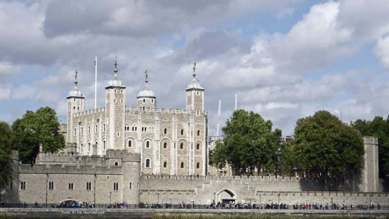 london-tower-of-london-cp
