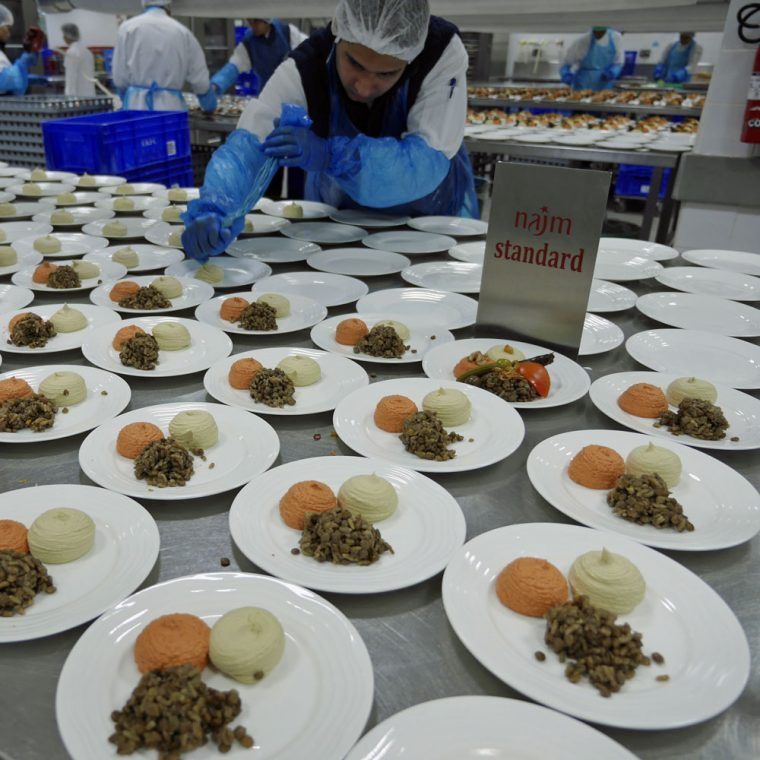najm-standard-emirates-flight-catering