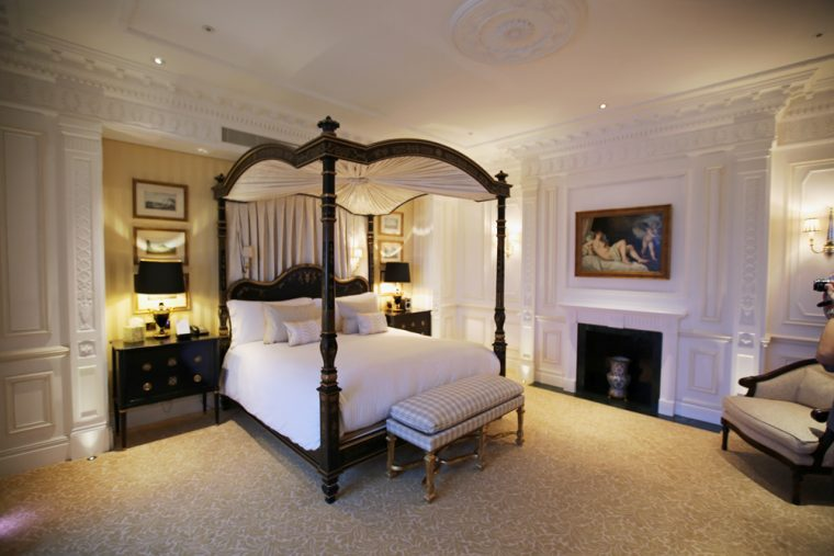 savoy-royal-suite-bedroom