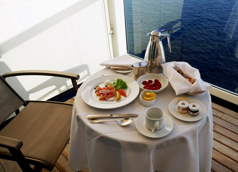 seabourn-odyssey-breakfast-on-balcony