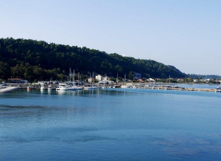 the-harbour-katakolon