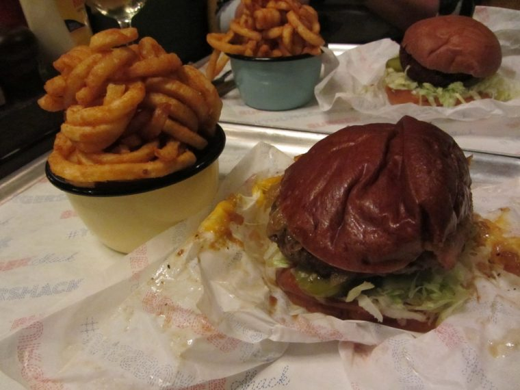 trinity-arms-burgers-and-curly-fries