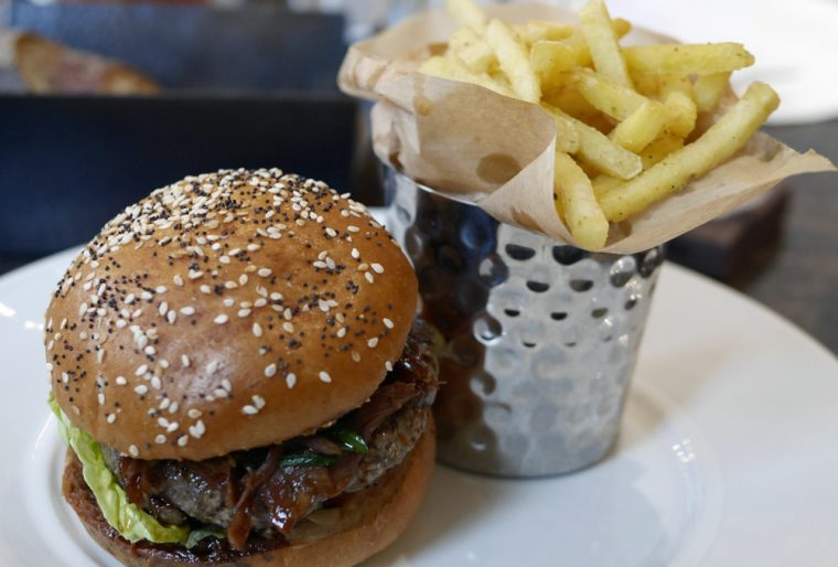 Burger with Fries - Balcon
