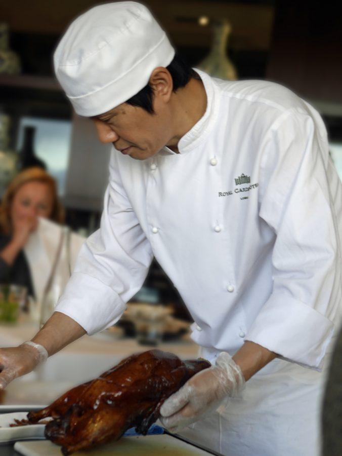 preparing-peking-duck-min-jiang