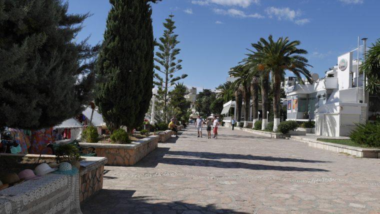 saranda-promenade-with-seabourn