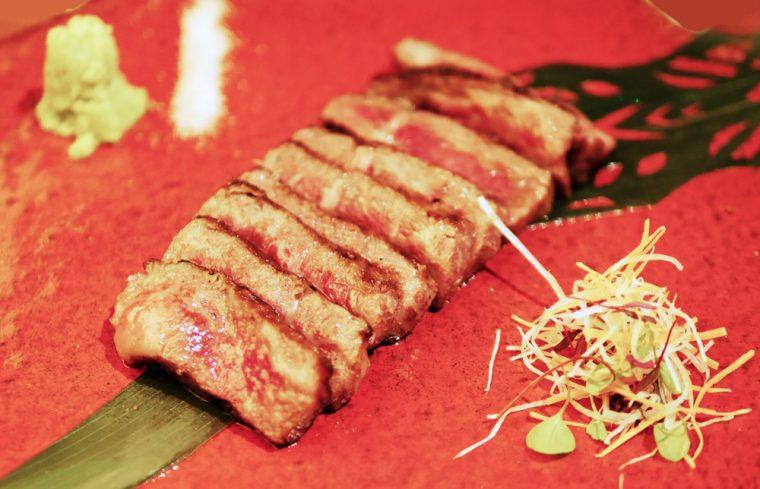 Wagyu beef aburi steak Sakagura