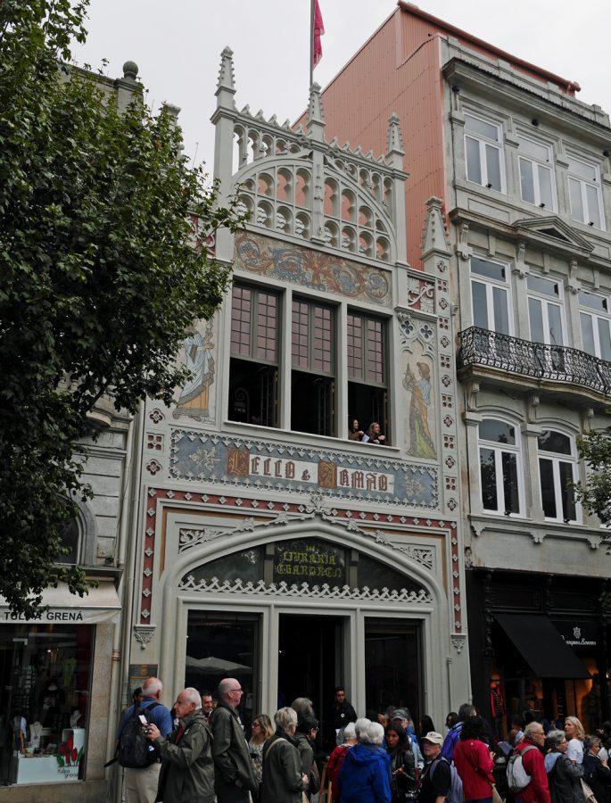 Exterior Lello bookshop Porto