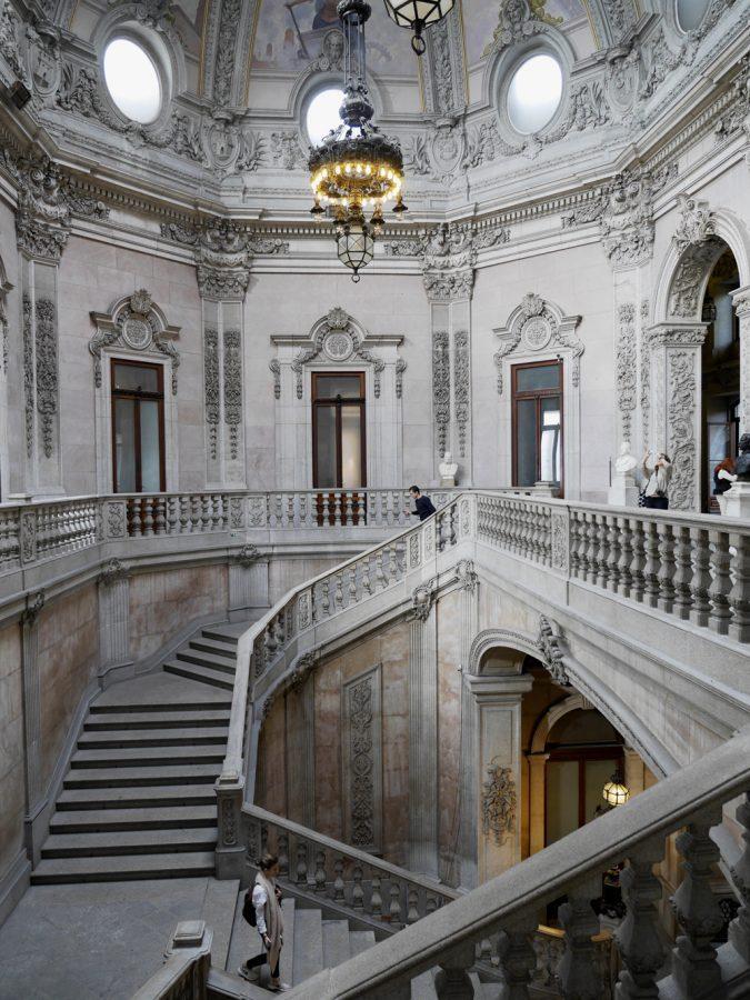 Palacio da Bolsa Porto hallway