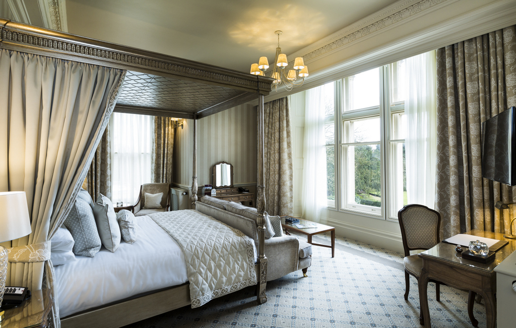Down hall country house hotel essex country house hotel for 14th and grand salon