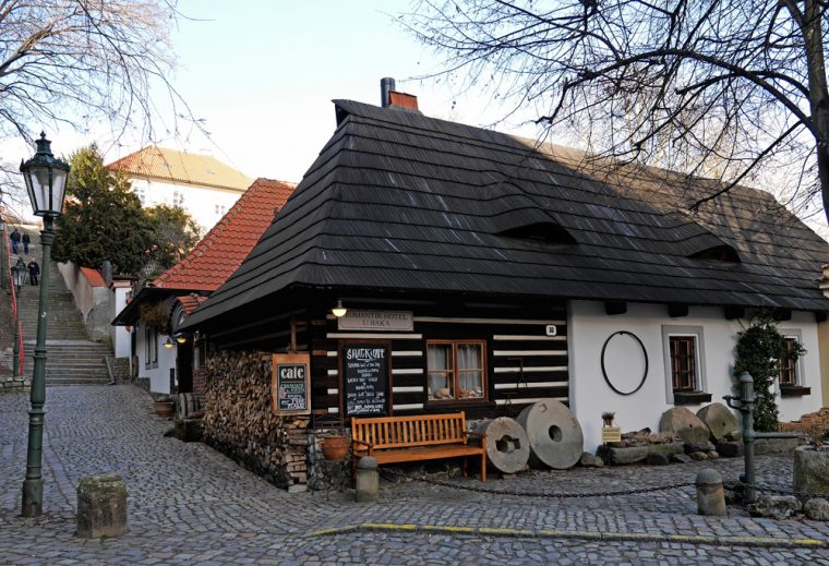 New World The Crayfish - Timber House Prague
