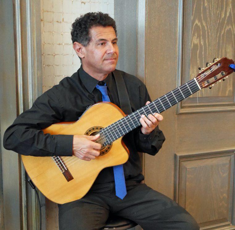 Musician - Roux at the Landau